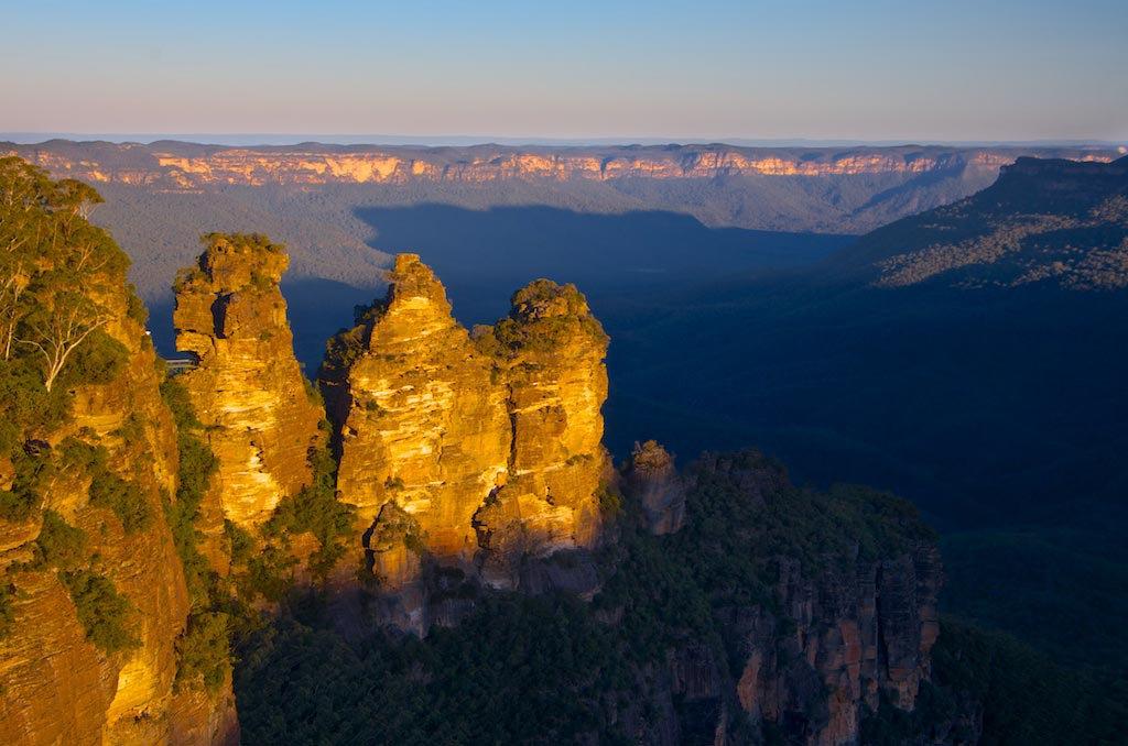 The Three Sisters - Katoomba, NSW, Australia