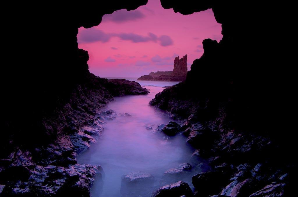 Cathedral Rocks Cave - Kiama Downs, NSW, Australia