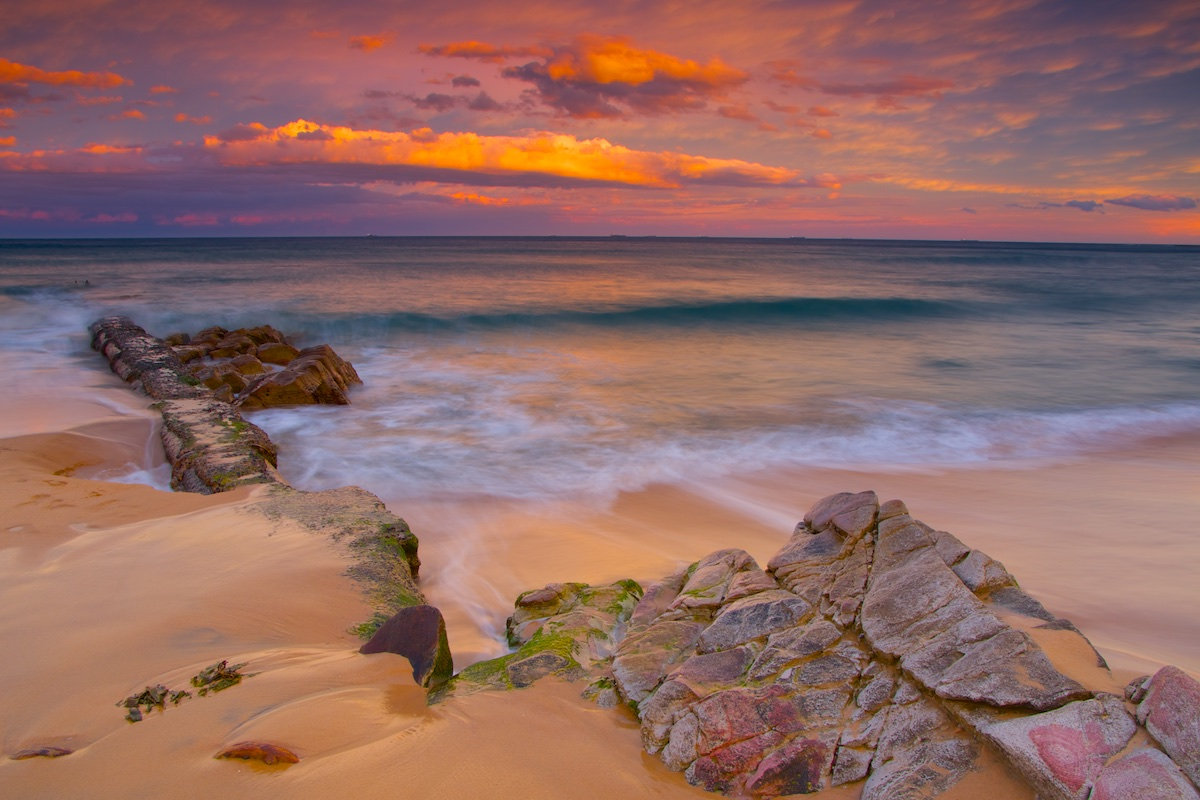 Thirroul Beach Sunset - Pool Pumphouse Pipe - Variant 1 - Thirroul